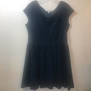LC Crochet Short Sleeve Dress SZ L